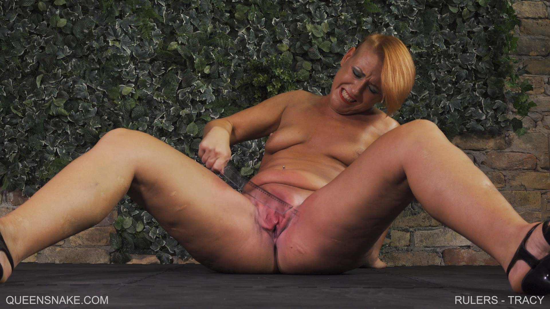 very young twinks video